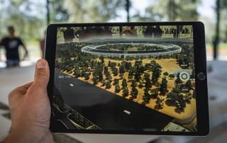 Augmented Reality and Virtual Reality Apps Demand Rising